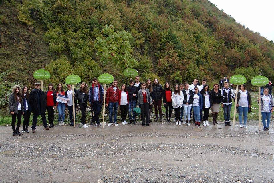 Clean Up Campain in Diber (2)