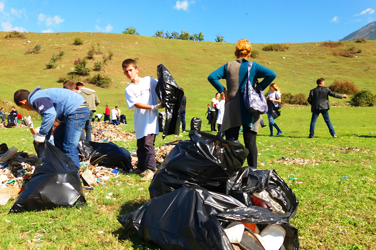 Clean Up Campain in Kukes (3)